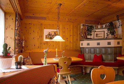 Hyla - Lech am Arlberg - Hotel Appartement Roggal